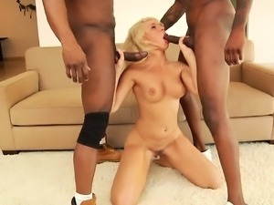 Car wash slut with a splendid ass Anikka Albrite fucks two black dicks