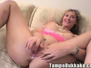 Wild mature housewife with lovely tits plays out her bukkake fantasy