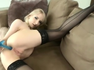 Flawless bombshell is showcasing her spread juicy pussy in c