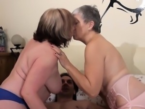 Grannies sex with neighbour