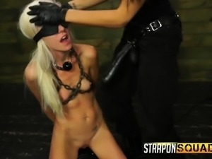 Skinny blonde Halle Von gets fucked deep with dildos by Marina Angel