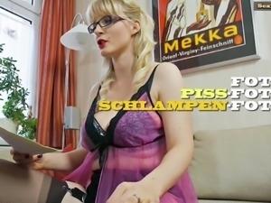 Busty MILF Casey - German Dirty Talk