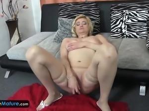 EuropeMaturE Mature Eva Solo Masturbation
