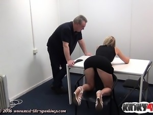 Hot pornstar spanking with cumshot