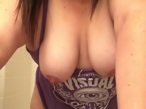 The quality of the webcam show this BBW whore provides is good