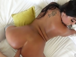 Latina model with nice ass having her anal pounded in close up