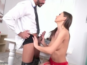 Tempting girl nailed deep in her soaking vagina doggystyle