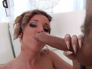 Pointy cock is exactly what Jada wanted to have between her buttocks
