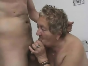 Terrible Grandmother Sucking A Dick And Getting Her Pussy T