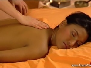 A Relaxing Massage Of Lesbian Partners
