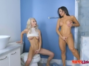 Horny friends Nikki and Molly adore playing lesbian games