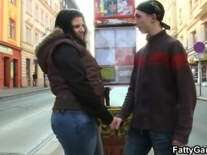 Big booty brunette bbw picks up lad from the street