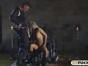 Massive boobs blonde pornstar slammed by hard man meat