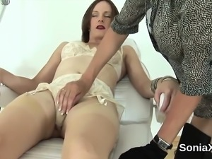 Unfaithful english mature lady sonia exposes her huge knocke