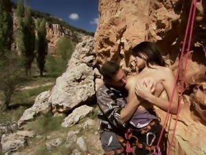 Extreme sportist banging Natalia Zeta against a big rock