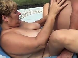 Bear wife outside