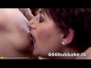 Lesbian Pissing Group Fuck with Grannies Porn 50  -666bukkake.tk