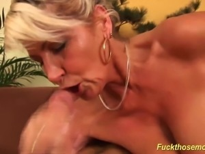 Blonde big natural breast Milf needs a strong cock deep inside her extreme...