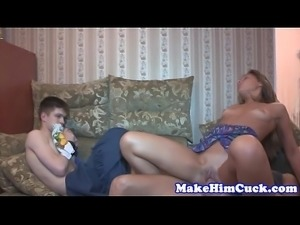 Cuckolding teen humiliates her tied up bf