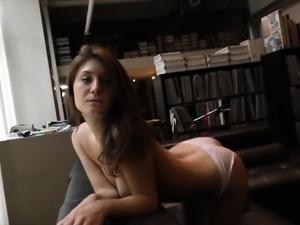 Jojo Kiss wants your dick!