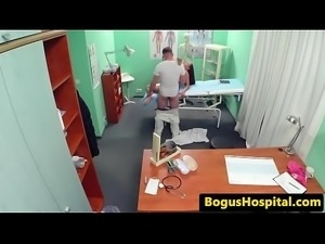 Hospital amateur pussypounded by her doctor