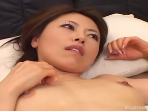 Massaging and draining the restless beaver of a beautiful Asian woman