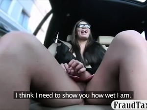 Hot babe gets her twat fingered and fucked in the cab