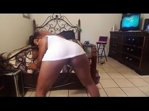 dancing in wet t-shirt and no bra to Freak my shit