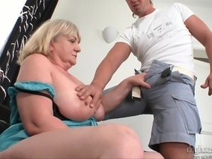 he loved to help the aged @ grannies wet panties