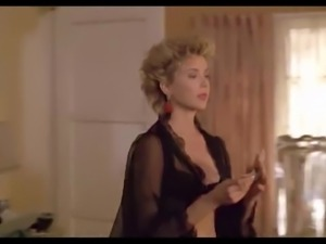 Annette Bening Nude Scene In The Grifters ScandalPlanet.Com