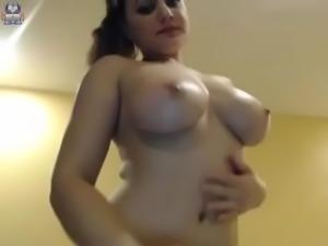 Hot and sexy girl live stripped webcam show - watchfreewebcam.com