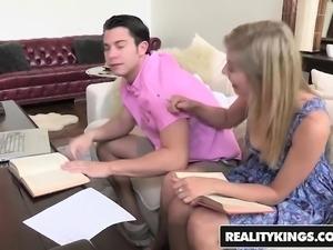 RealityKings - Moms Bang Teens - Soothing Sen