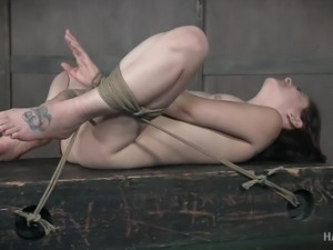 tied up babe gets her pussy fingered