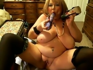 All fans of bbw sluts will appreciate this webcam video