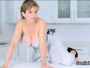 Cheating british milf lady sonia pops out her huge hooters67
