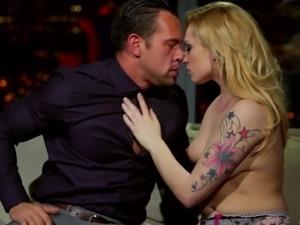 Handsome man seduced by tattooed blonde Dahlia Sky