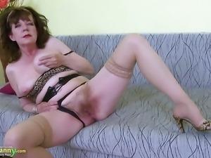 OldNannY Great Mature Hairy Pussy Toy Masturbation