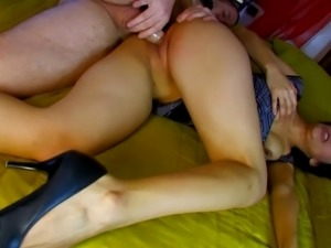 Insatiable brunette chick opens her legs for a friend's fat cock