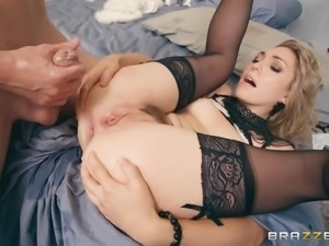 Babe in stockings Lily Labeau spreading and having her pussy wrecked