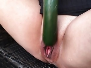 Horny Wife Courgette Squirt x