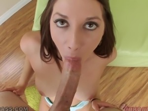 Jasmine Delatori gives a deepthroat blowjob after getting her vag fingered