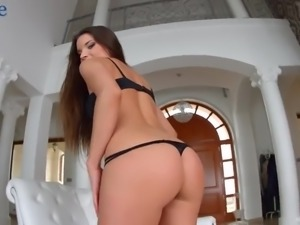 Stunning beauty Anita Bellini lets lucky bastard polish all her holes