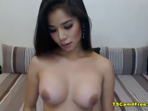 Hot Tits Shemale Jerking Hard on her Bed