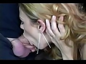 Blonde MILF Swinger Deep Sex