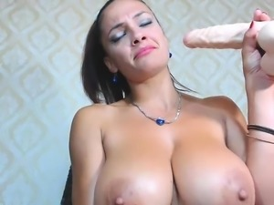 amateur 4elove4ek2015 flashing boobs on live webcam