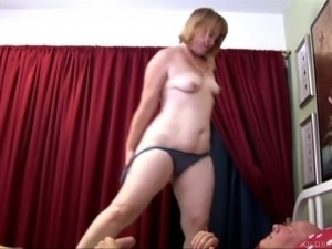 Super cute chubby oldspunker loves 2 fuck & the taste of cum