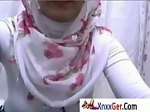 عرب نار بنت ممرضة مصرية مع زمليهاXnxxGer.Com