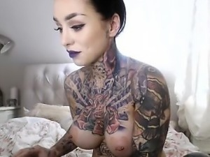 Brunette Amateur smoking fetish
