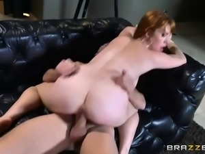 redhead hoe gwen stark takes gigantic cock in her hairy vagina