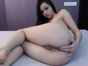 amateur budfairy flashing ass on live webcam